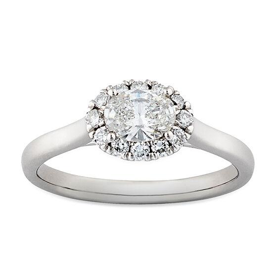 Oval Diamond Halo Ring 14K