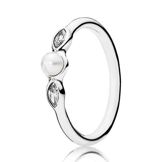 PANDORA Petite Luminous Leaves Cultured Pearl Ring