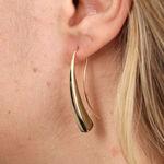 Golden Tapered Bar Earring 14K