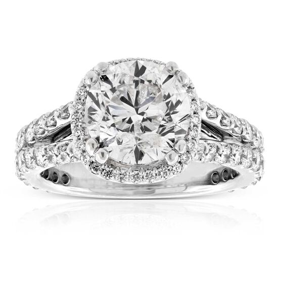 Diamond Halo Style Ring 18K, 3.07 ct. Center