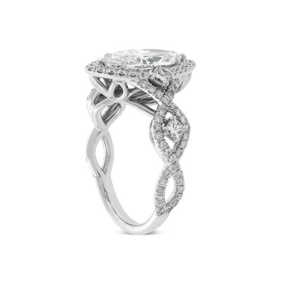 Fancy Shape Diamond Ring 18K, 2.02 ct. Center