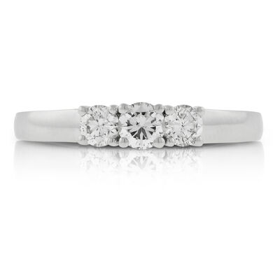 Diamond 3-Stone Band 14K, 1/2 ctw.