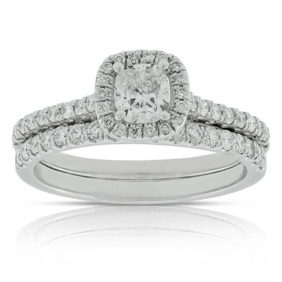 Cushion Cut Diamond Bridal Set in Platinum