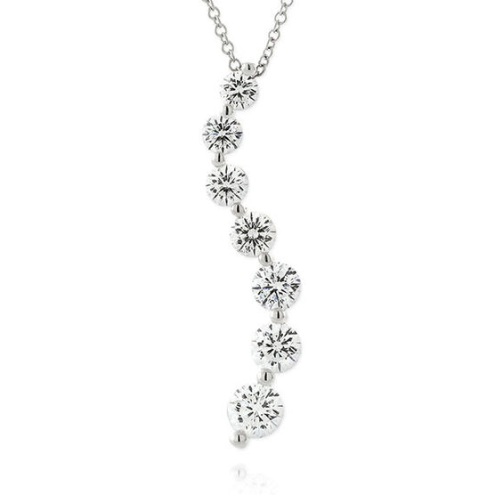 Signature Forevermark Diamond Journey Pendant 18K