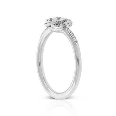 Signature Forevermark Diamond Flower Ring 18K