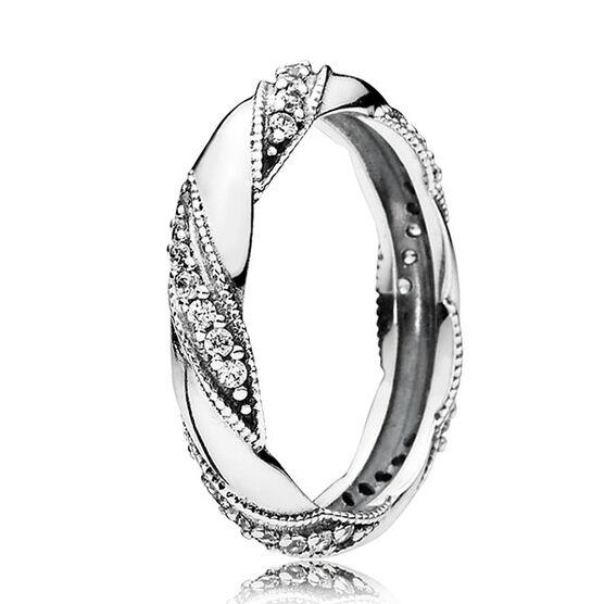 PANDORA Dreams of Love Ring