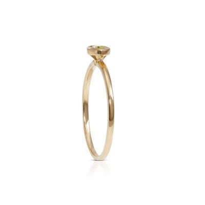 Bezel Set Oval Peridot Ring 14K