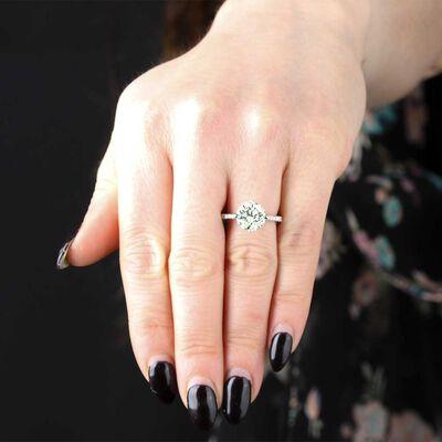 Diamond Engagement Ring in Platinum, 3.27 Carat Center
