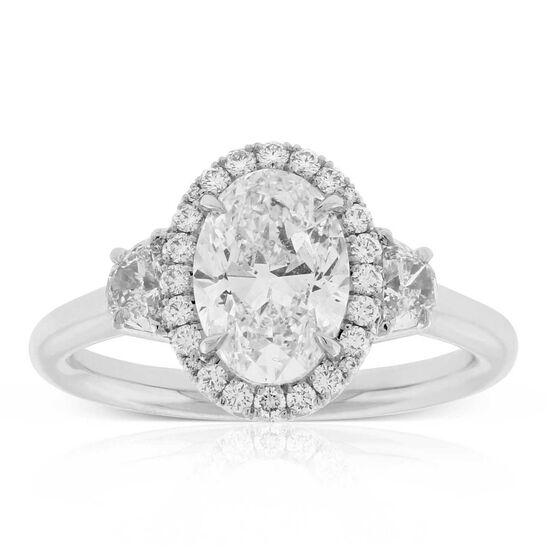 Oval Diamond Engagement Ring 18K
