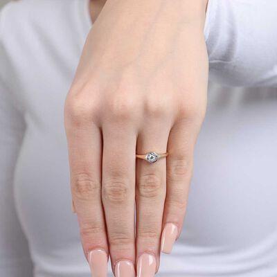 Round Diamond Cluster Ring 14K