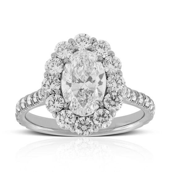 Oval Diamond Halo Engagement Ring 18K
