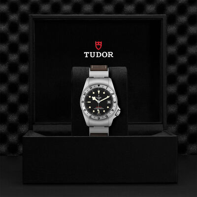 TUDOR Black Bay P01, 42mm