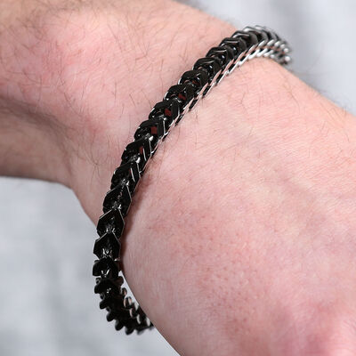 Black IP Franco Chain Bracelet in Stainless Steel