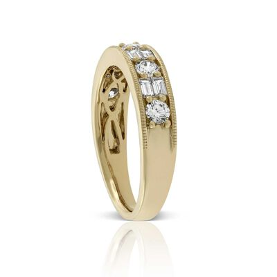 Baguette & Round Cut Diamond Band 14K