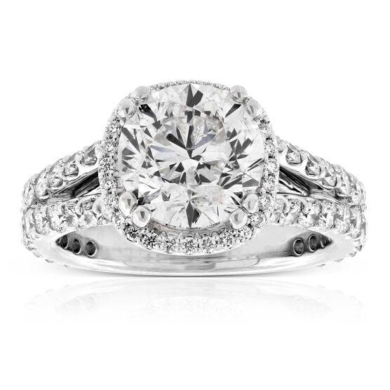 Diamond Halo Style Ring 18K, 3.07 ct. Center