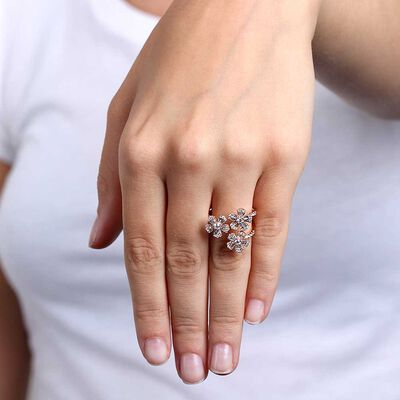 Rose Gold Triple Flower Diamond Ring 14K