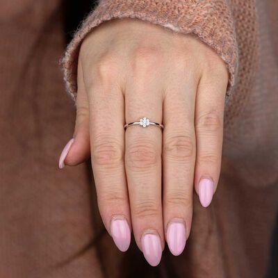 Flower Diamond Promise Ring 14K