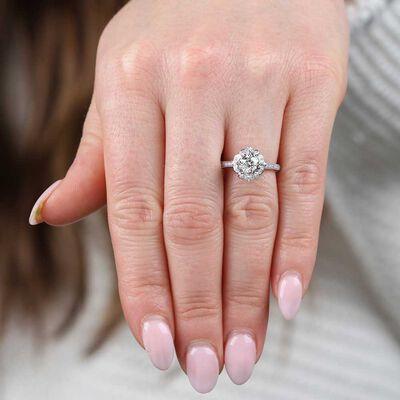Flower Motif Diamond Ring 14K