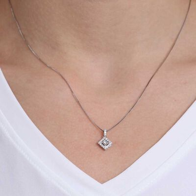 Princess Cut Diamond Halo Necklace 14K