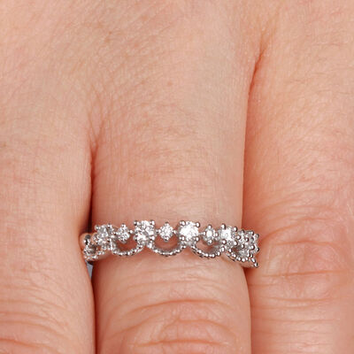 Scalloped Stacking Diamond Band 14K