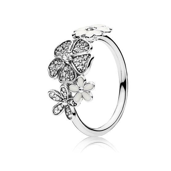 PANDORA Shimmering Bouquet Ring