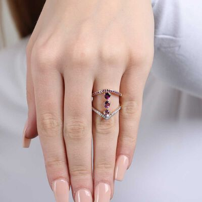 Graduated Color Amethyst & Diamond Ring 14K