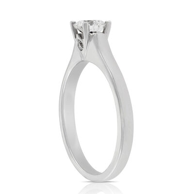 Signature Forevermark Diamond Solitaire Ring 18K