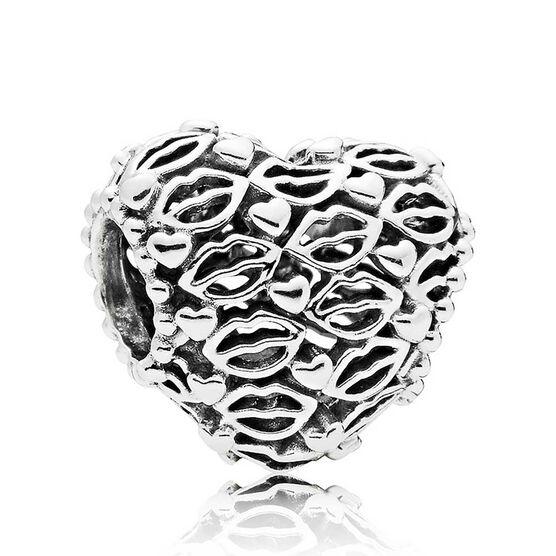 PANDORA  Love & Kisses Charm