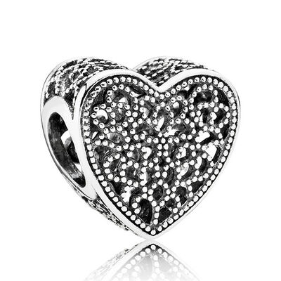 PANDORA Filled with Romance Charm