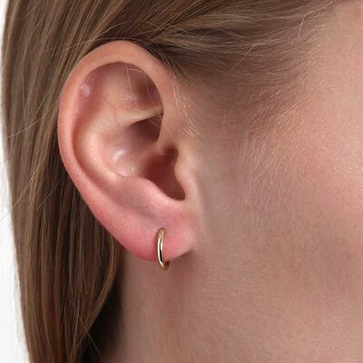 Smooth Huggie Hoop Earrings 14K