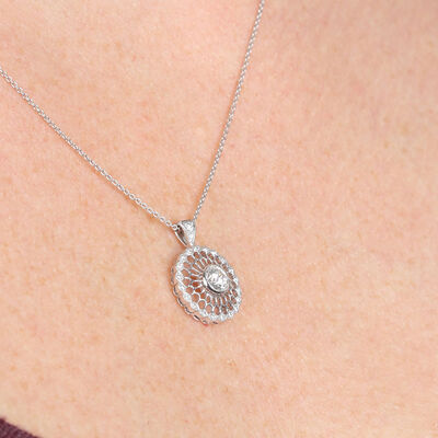 Signature Forevermark Medallion Diamond Pendant 18K