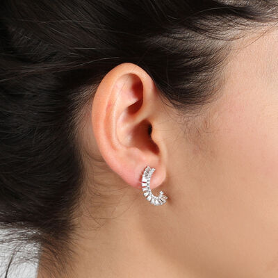Curved Fan Diamond Earrings 14K