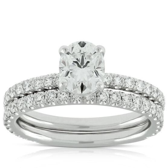 Signature Forevermark Black Label Oval Diamond Bridal Set 18K