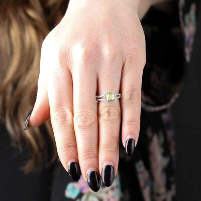 Fancy Yellow Diamond Ring 18K, 1.05 Carat Cushion