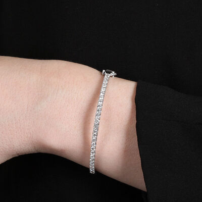 Diamond Bangle 14K, 2 ctw.