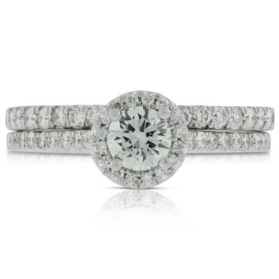 Halo Diamond Bridal Set in Platinum