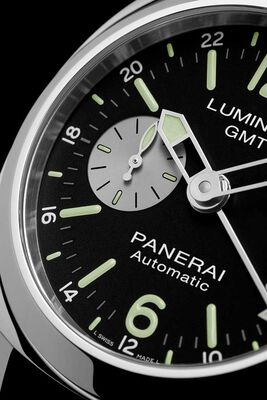PANERAI Luminor GMT Automatic Acciaio Watch