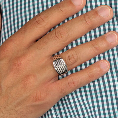 Brick Pattern Men's Ring in Silver