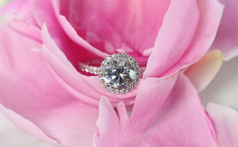 Bella Ponte - Engagement Ring