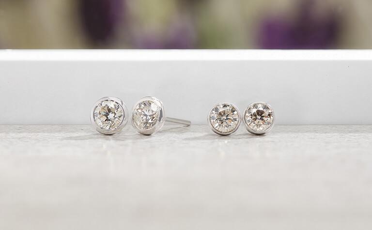 Diamond Stud Earrings   11939931 - 11939923